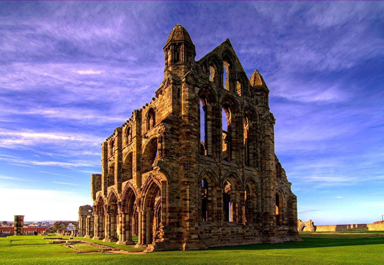 Whitby Tourist Information