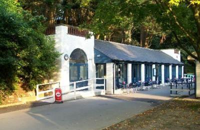 The Glass House Cafe
